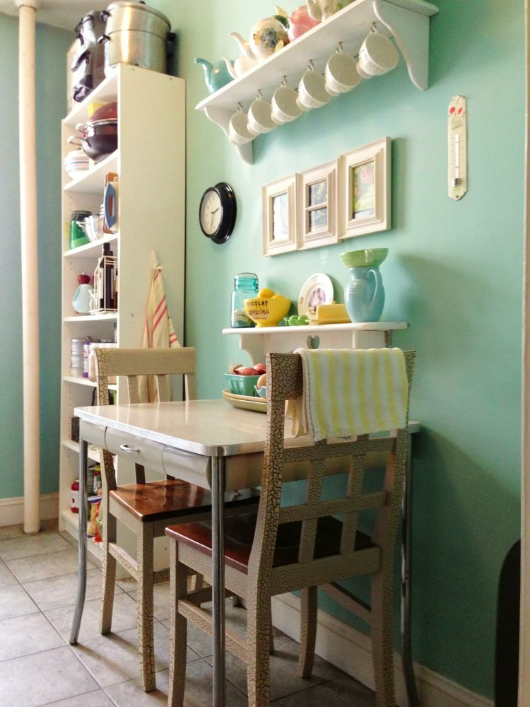 Small, Kitchen, Dining, Table, Shelves, Nyc, Furniture, Aptdeco,