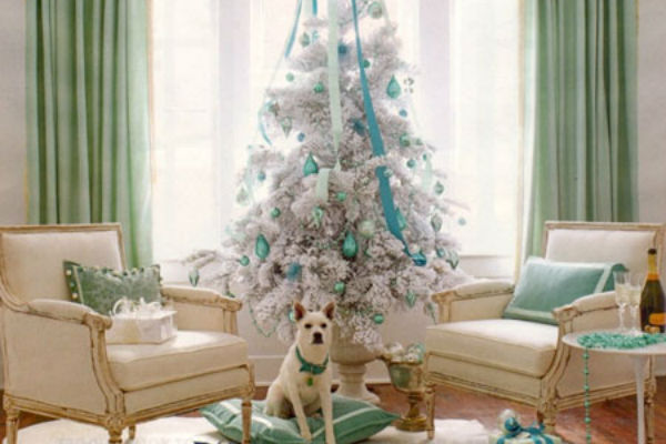 Decorate a Small Space for Christmas