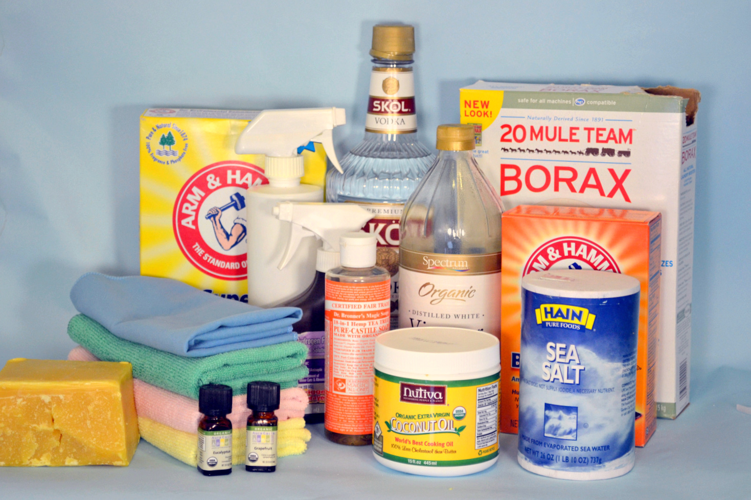 Healthy DIY Cleaning Products for Your Home Décor