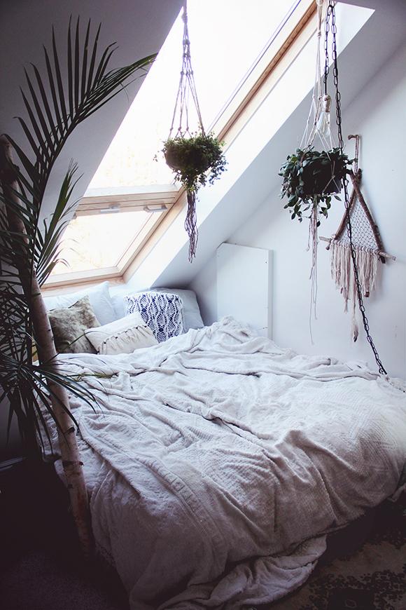 Cozy Textiled Bedroom Cozy Hollywood Regency Bedroom Cozy Chic Bedroom