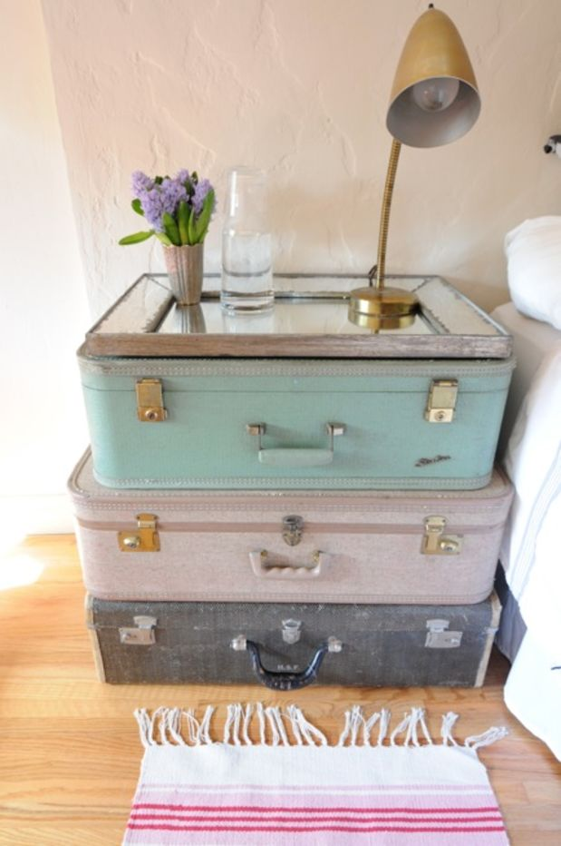 DIY Suitcase Nighstand