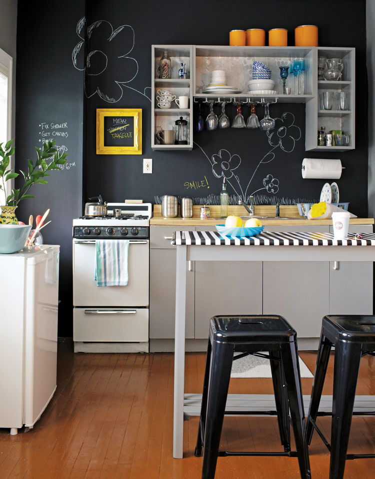 6 Ways to Fit a Dining Nook into Your Kitchen