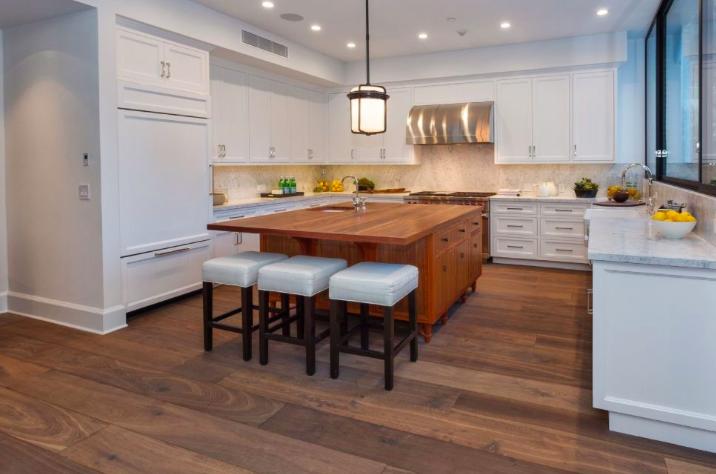 Emily Blunt and John Krasinski's kitchen