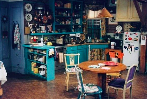 Home decor inspired by Friends - Monica's Apartment - dining room