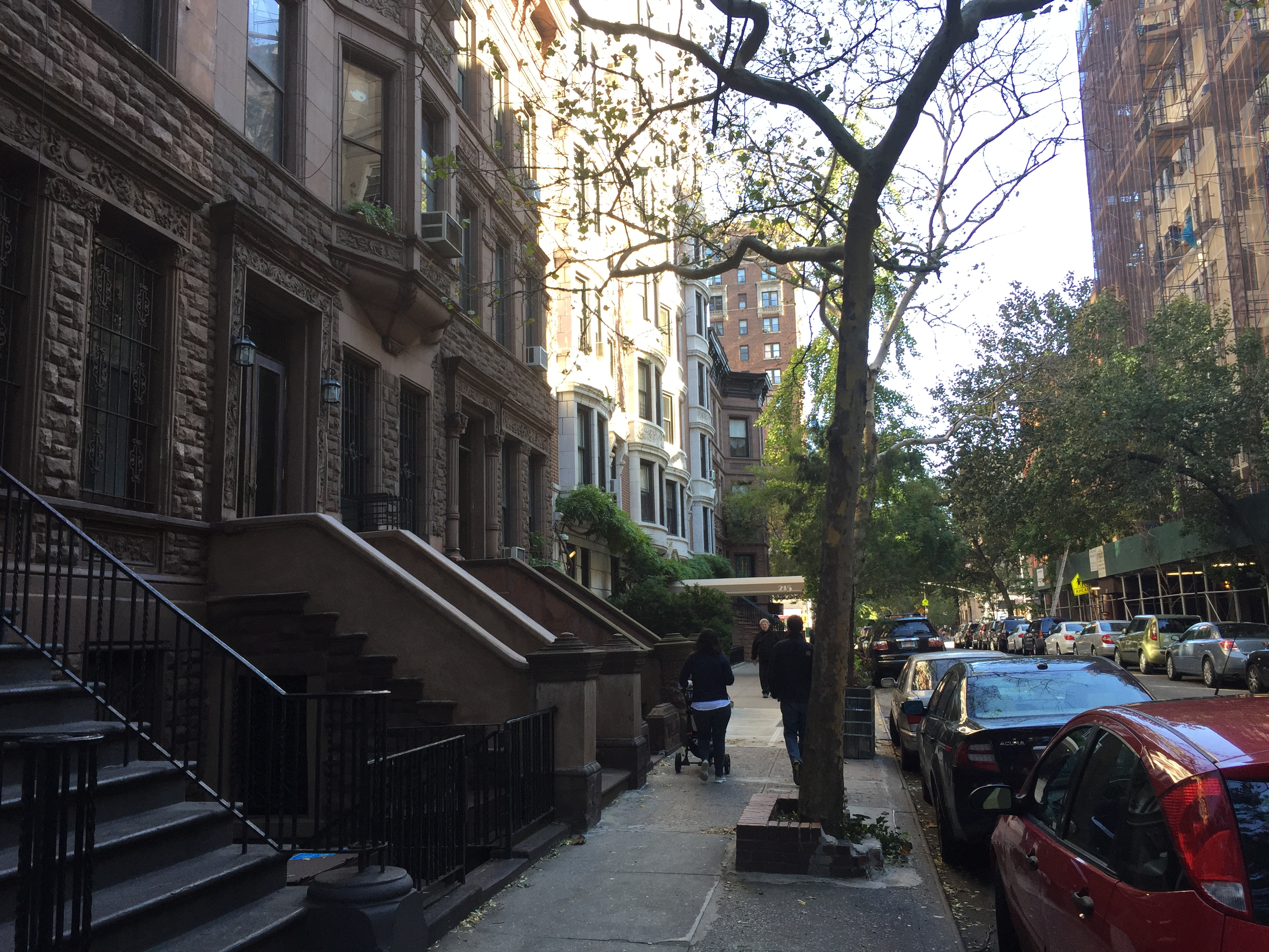 how to stay safe looking for no fee apartment rental in NYC - be active