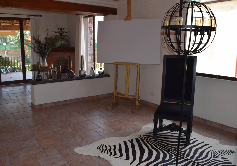 Moving to a New City with K. Tyson Perez - San Miguel de Allende apartment - artisan crafts