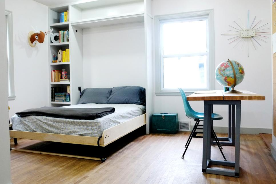 Maximize space in a small NYC apartment - lift up murphy bed